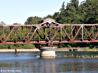 Image, 2004, Bridge crossing the Lewis River, near mouth, click to enlarge