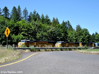 Image, 2005, Union Pacific at Eagle Creek, click to enlarge