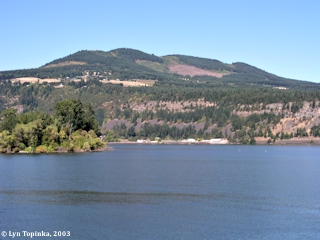 Image, 2003, Underwood Mountain from Hood River, click to enlarge