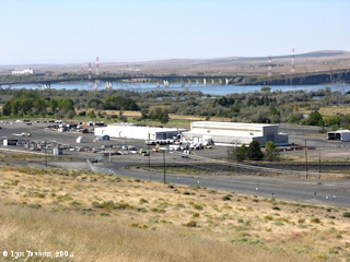Image, 2004, Interstate 82/395 Bridge, from McNary Dam Overlook, click to enlarge
