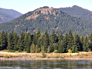 Image, 2004, Aldrich Butte from Bonneville Dam, click to enlarge