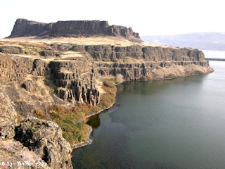 Image, 2004, Horsethief Butte, Washington, click to enlarge