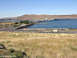 Image, 2004, McNary Dam from overlook, click to enlarge