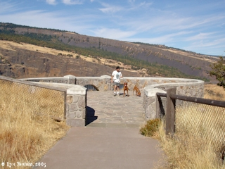 Image, 2005, Historic Columbia River Highway State Trail, click to enlarge