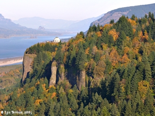 Image, 2005, Crown Point from Portland Woman's Forum Scenic View, click to enlarge
