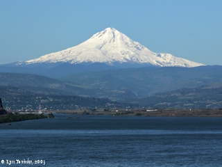 Image, 2005, The Dalles, Oregon, with Mount Hood, click to enlarge