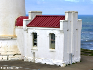 Image, 2005, North Head Lighthouse, click to enlarge