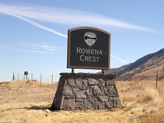 Image, 2005, Sign, Rowena Crest, click to enlarge