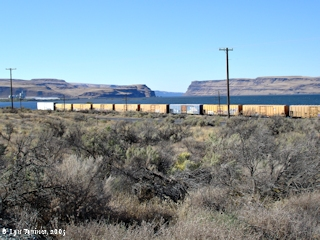 Image, 2005, Wallula Gap as seen from Wallula, Washington, click to enlarge