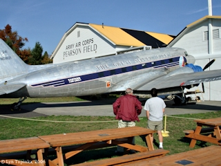 Image, 2006, Pearson Field, Washington, click to enlarge