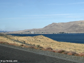Image, 2006, Roosevelt, Washington, from Interstate 84, Oregon, click to enlarge