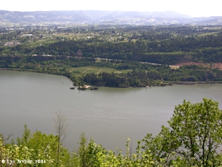 Image, 2006, Columbia River and Ruthton Point as seen from Cook-Underwood Road, click to enlarge