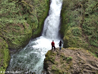 Image, 2008, Bridal Veil Falls, Bridal Veil, Oregon, click to enlarge