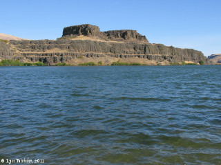 Image, 2011, Horsethief Butte and Horsethief Lake, click to enlarge