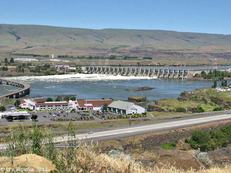 the dalles Working here who keeps our corner of the internet running we asked a couple of googlers about a day in the life at the dalles data center.
