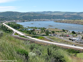 Image, 2011, The Dalles, Oregon, click to enlarge