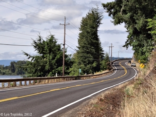 Image, 2012, Washington Highway 4, Stella, Washington, click to enlarge