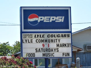 Image, 2013, Street Scene, Lyle, Washington, click to enlarge