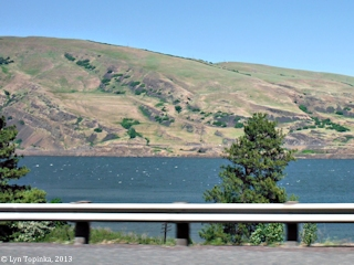 Image, 2013, Missoula Flood Bench Lines, click to enlarge