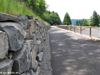 Image, 2014, Historic Columbia River Highway State Trail, Oregon, click to enlarge