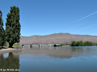 Image, 2014, Deschutes River, Oregon, looking downstream, click to enlarge