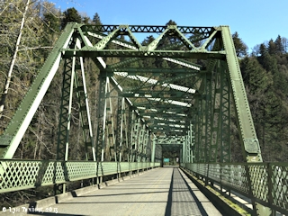Image, 2015, Sandy River Bridge at Troutdale, Oregon, click to enlarge