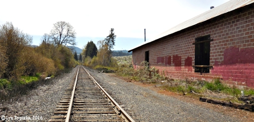 Image, 2016, Hood River Valley, Oregon, click to enlarge